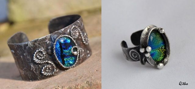 č.2182: Cínované náramky/prsteny s dichroickým sklem či minerály