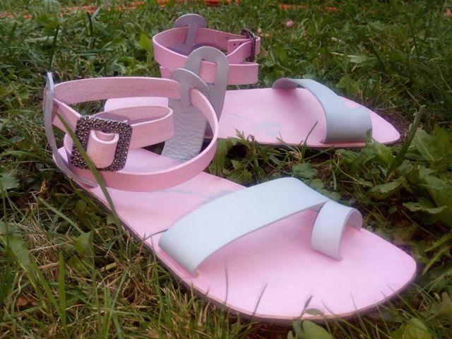 č.2279: Výroba barefoot sandálů