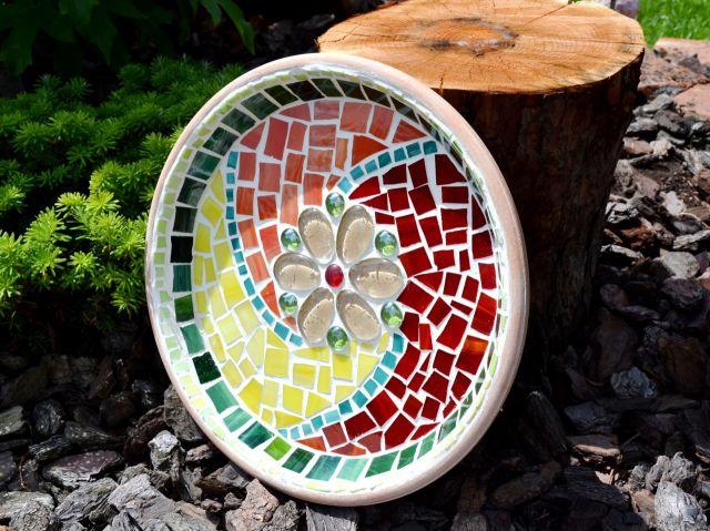 č.2284: Skleněná mozaika - TÁC - 750.-/MÍSA - 750.-/STOLEK - 1500.-